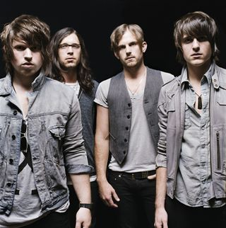 KingsOfLeon_01